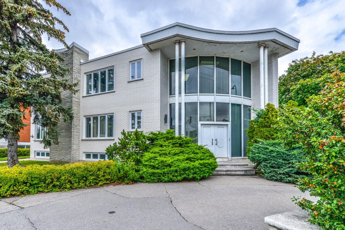 Maison à étages à vendre à Montréal (Saint-Léonard)
